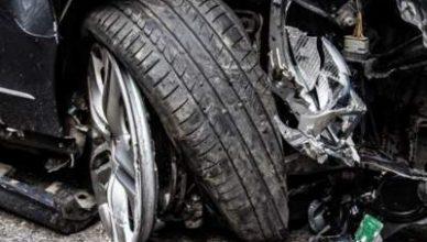 В Киеве столкнулись Subaru и Mercedes